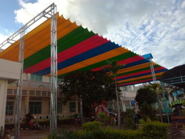 Báo Giá Lắp Đặt Mái Hiên Di Động Cho sân trường , Làm Mái Bạt Xếp Lượn Sóng Giá Rẻ trường học
